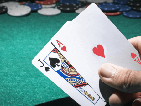 Four Reasons You Should Start Playing Blackjack Online