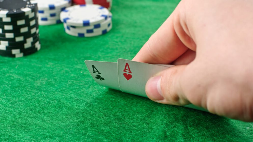 Poker Table Etiquette – Be a Good Sport by Following These Unwritten Rules!