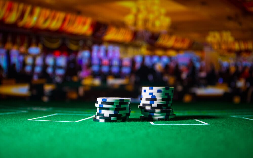 Bet on roulette online