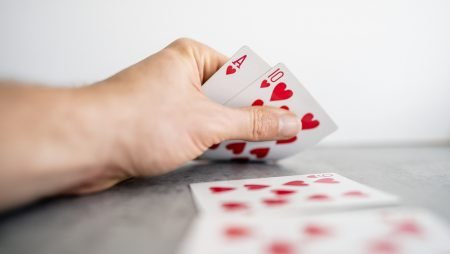 Is Free or Real Money Mobile Poker Right for You?